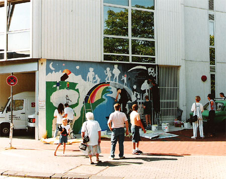 """Wandbild """"Brückenbau"""", 1994: (Foto: (c) farbfieber.de )"""