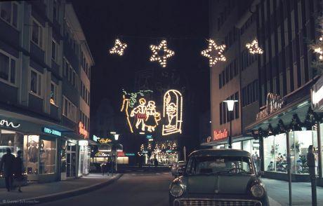 Weihnachten in der Solinger City (ca.1962) - I: Untere Hauptstraße, mit Blick auf den Entenpfuhl