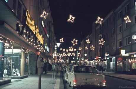 Weihnachten in der Solinger City (ca.1962) - II: Untere Hauptstraße, Blickrichtung Obere Hauptstraße