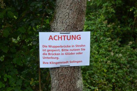 Achtung: Die Wupperbrücke in Strohn ist gesperrt