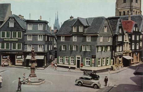 Solingen - Alter Markt: Postkarte nach einem Originalfarbfoto C. Blasberg, Herstellung W.Giradet, Essen