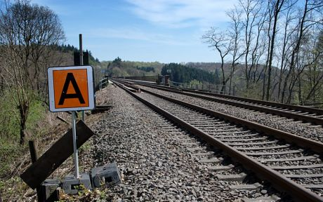 Gleise zur Müngstener Brücke