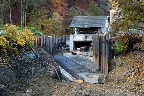 Baustelle Auer Kotten, Fundament für den Fischschutz