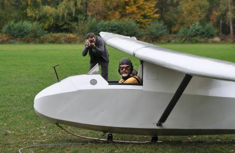 Baby: Flugplatz der Luftsportgruppe Erbslöh