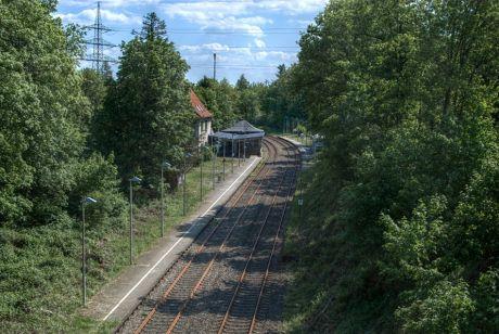 Bahnhalt Schaberg von der Schaberger Brücke aus gesehen