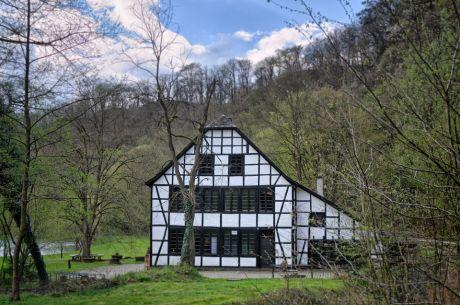 Schleifermuseum Balkhauser Kotten