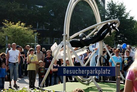 Schild: Besucherparkplatz