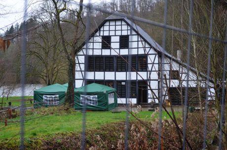 Balkhauser Kotten am Rande der Wupper: zwischen Glüder und Balkhausen gelegen