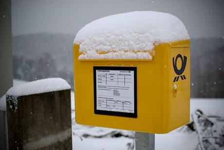 Briefkasten mit Tagesleerung