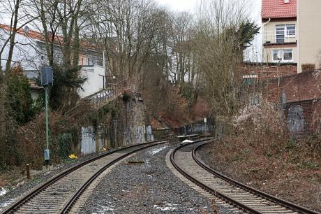 Brückenstraße: ohne Brücke - jetzt Ohne-Brücken-Straße?