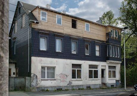 altes Gebäude: an der Brühler Straße