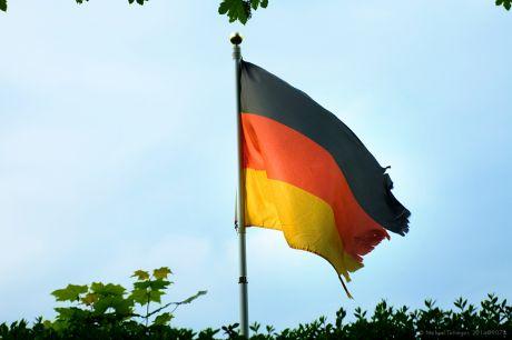 Deutschland Fahne oder Flagge?