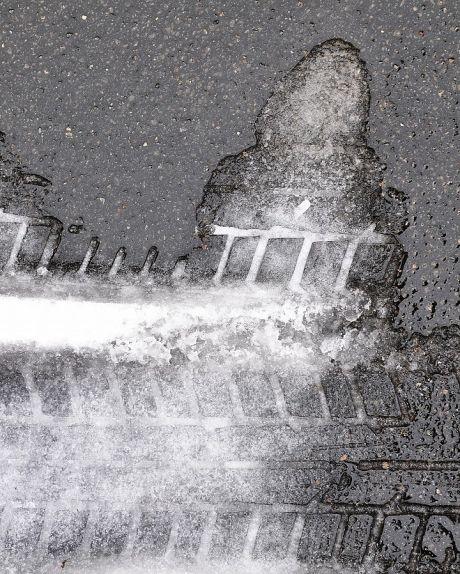 Eis am Boden