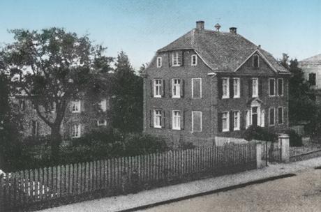 Haus Herkersdorf, vormals J.D. von Recklinghausen: Kölner Straße 10