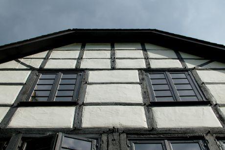 Fenster mit Aussicht: und/oder Einsicht