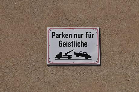 Parken nur für Geistliche