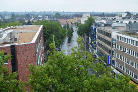 Über den Dächern von Solingen: es grünt