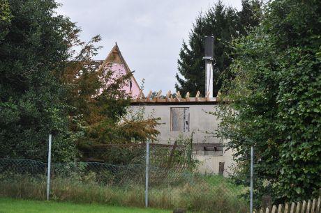 Haus ohne Dach: nicht am See