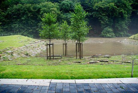 Hochwasser im Badestrand