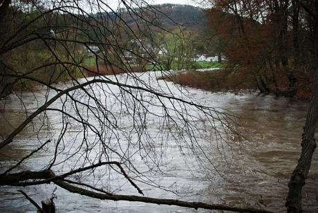 Mittleres Hochwasser: zwischen Balkhausen und Wüstung Bielsteiner Kotten