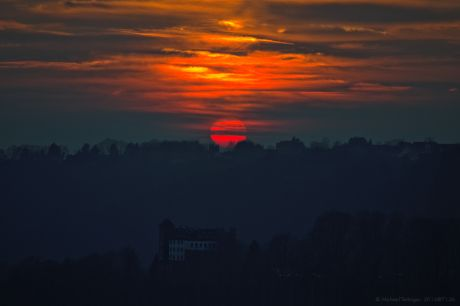 Burg Hohenscheid an Sonnenuntergang