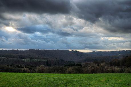 Hohenscheid am 16. Dezember 2017: Blaue Wolken