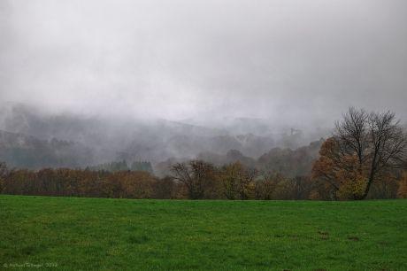 Hohenscheid im Herbstnebel