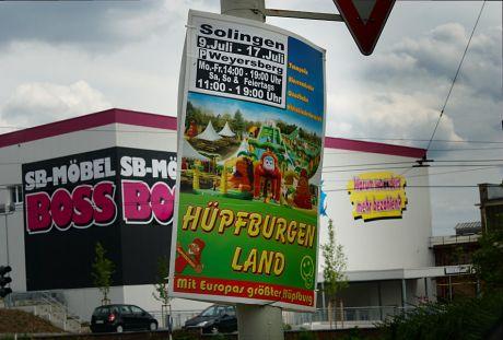 Hüpfburgen Land: Mit Europas größter Hupfburg