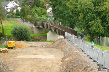 Juckelbrücke: sei Freitag zur Benutzung freigegeben