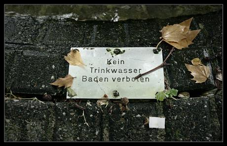 Kein Trinkwasser: Baden verboten !