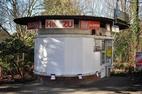 gestrichener Kiosk am Bülow-Platz: (Foto vom 4.3.2013)