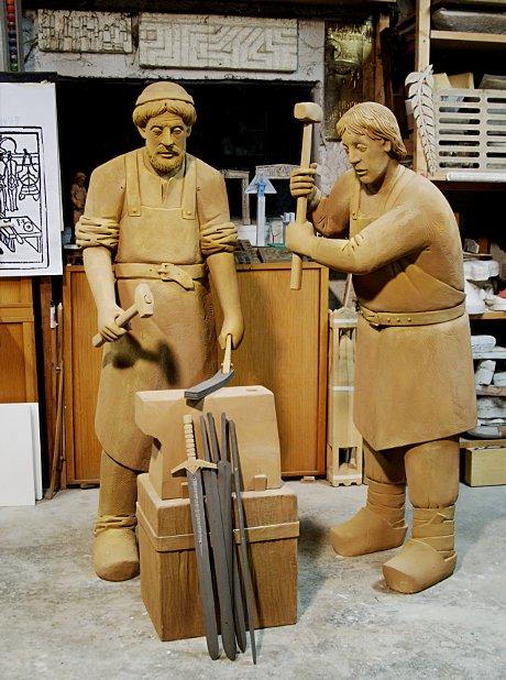 Klingenschmied-Denkmal: 1:1 Entwurf aus der Hand des Solinger Künstlers Henryk Dywan