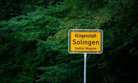 Schild: Klingenstadt Solingen