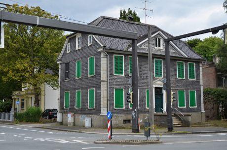 Kölner Straße 10 - August 2017: das ehemalige FDP-Head-Quarter