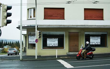 Ladenlokal zu vermieten: jahrzehntelang Standort der Drogerie Brusthoff