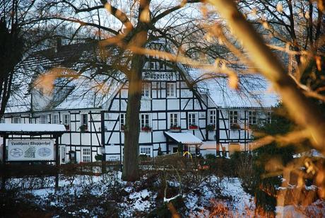 Landhaus Wupperhof: wird nach einem Brand im Jahr 2009 derzeit instandgesetzt