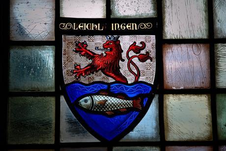 Wappen Leichlingen: Bergischer Löwe und silbener Fisch