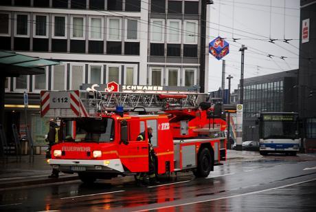 Drehleiterwagen: der Solinger Feuerwehr