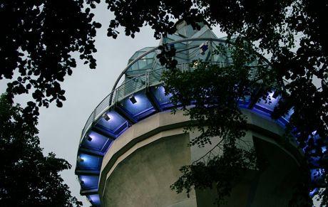 Lichtturm in Gräfrath: am höchsten Punkt der Solinger Liegenschaften