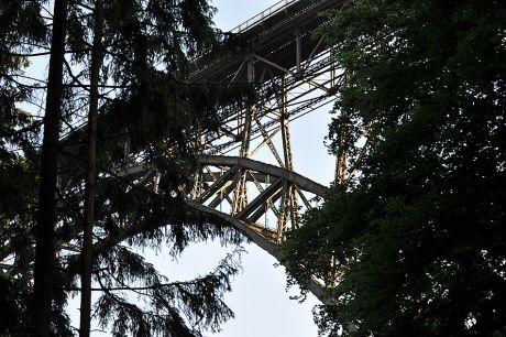 Versteckt im Wald, die Müngstener Brücke