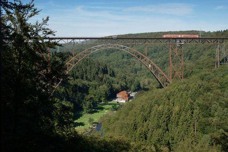 Müngstener Brücke und Brückenpark