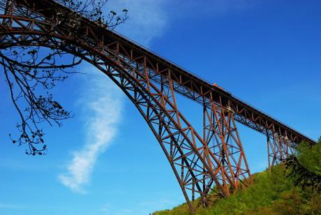 oxidierende Müngstener Brücke: (am 5.5.2010)