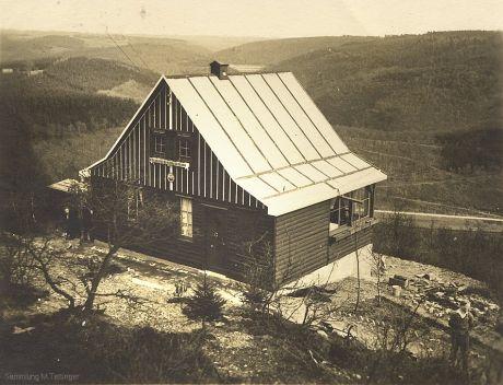 """Naturfreundefreizeitheim am Pfaffenberg: Postkarte (Ortsgruppe Solingen im T.V. """"Die Naturfreunde E.V."""" Gau Rheinland), gelaufen November 1930"""