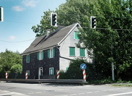 Ehemaliges Steigerhaus: heute Neuenkamper Straße 163 (Foto, August 2005)