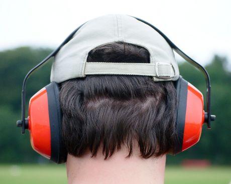 Es kracht und zischt, zu hören ist nichts