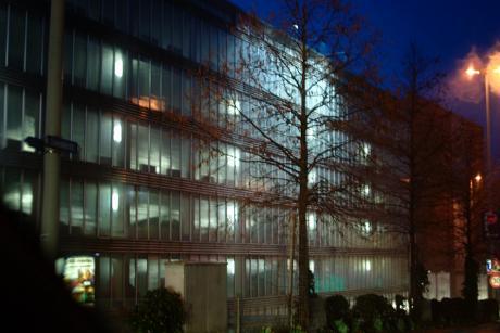 gestapelte und geparkte Autos: das Licht nicht gelöscht - wo ist der Lichtlöscher?