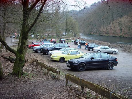 hinterster Parkplatz unter der Müngstener Bücke: (Foto: 19. März 2005)