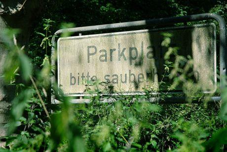 Parkplatz bitte sauber halten