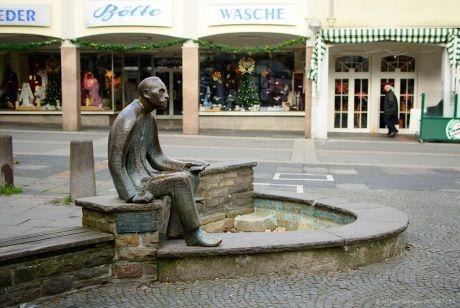 Peter Witte on Stone: Die Brunnenversion im Jahre 2010
