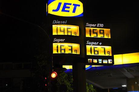 Kraftstoffpreise: gut und gerne 10 Cent unter dem Peak der letzten Wochen